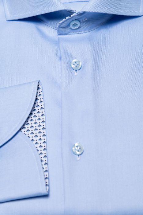 Fakts overhemd in lichtblauw met decoratief patroon aan de binnenkant